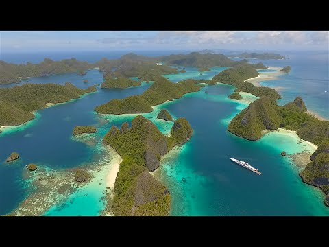 Indonesia - Raja Ampat and more - Epic drone & diving footage