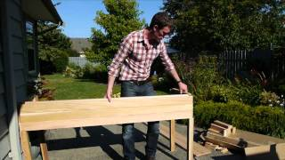 The Cedar Raised Garden Center - Planter Review & Assembly At Eartheasy.com