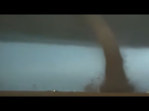 JJ Ryan - Videos Of The Massive Tornado Outbreak Across Oklahoma Yesterday