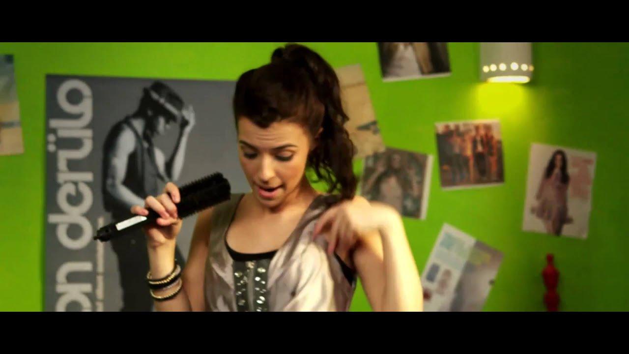ALYSSA SHOUSE - OVERNIGHT CELEBRITY LYRICS