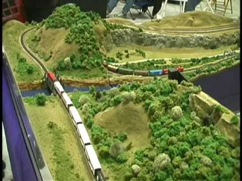 """ALTURA MINI Z LINE"" Z Scale Model Railroad at LaCrosse, WI Train Show"