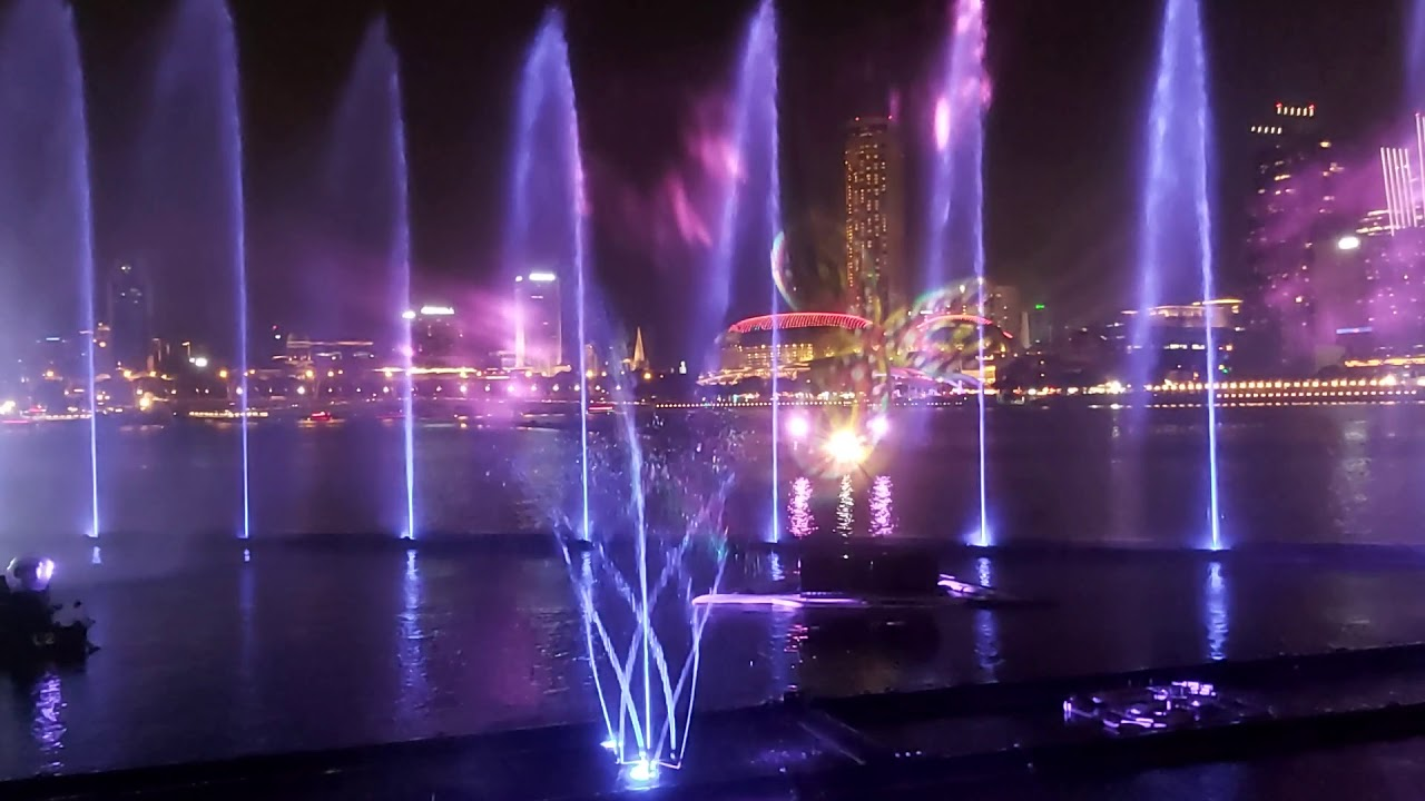 Spectra A Light and Water Show Marina Bay Sands in Chinese ...