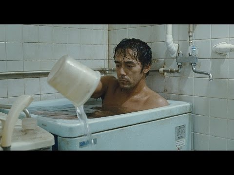"""特別映像解禁!『海よりもまだ深く』""""よい風呂の日""""!阿部寛の'風呂'シーンが到着!!"""