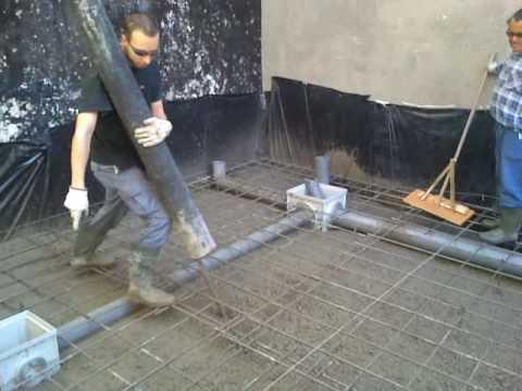 Vertiendo con camion bomba el hormigon de losa de - Como hacer un suelo de hormigon ...