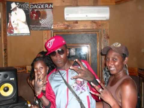 Vybz Kartel   Get Gyal Easy {Ping Riddim} ~Gaza   June 2010~ U T G DJ Wizzle