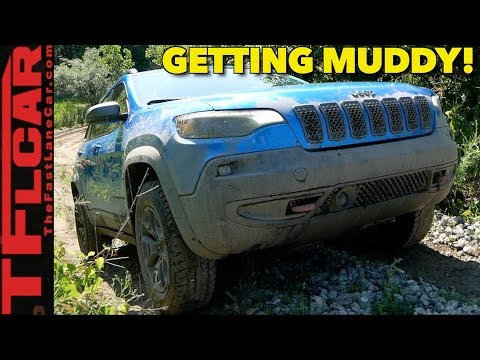 Getting Muddy in the New 2019 2.0L Turbo Jeep Cherokee TrailHawk