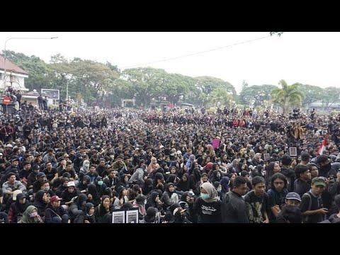 Aliansi Mahasiswa Lampung Ajukan 14 Tuntutan