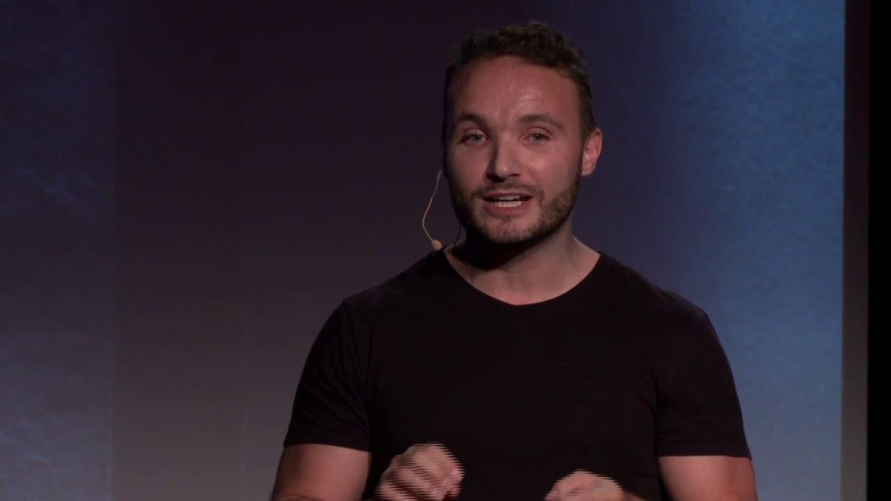 Download Changer le monde par le biomimétisme | Jérémy Lamri | TEDxEMLYON