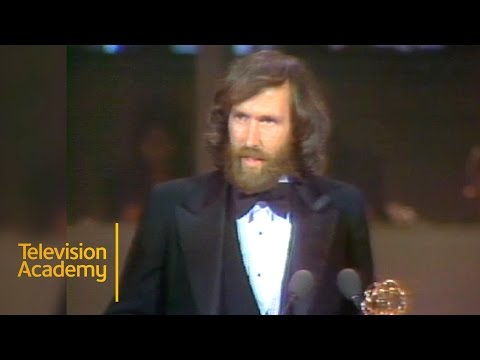 THE MUPPETS SHOW Wins Outstanding Comedy, Variety or Music Series | Emmys Archive (1978)