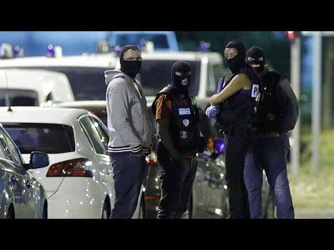 La policía francesa arresta a tres mujeres que preparaban un ataque inminente