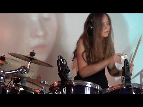 Enter Sandman - Metallica; drum cover by Sina