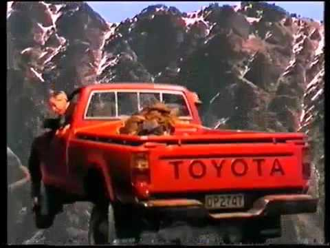 crumpy and scotty toyota hilux ad when they take a short