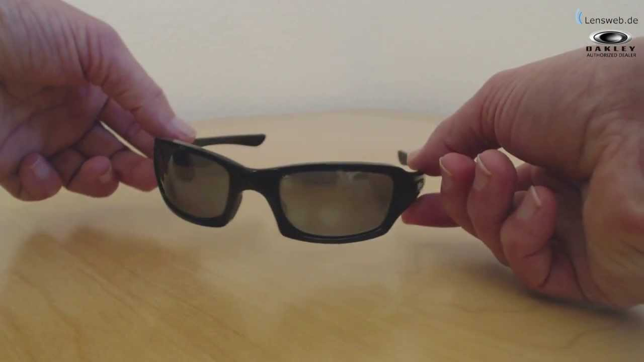 aca4c78b1cf0e Oakley Fives Squared OO9238 - Polished Black - Black Iridium Polarized -  YouTube