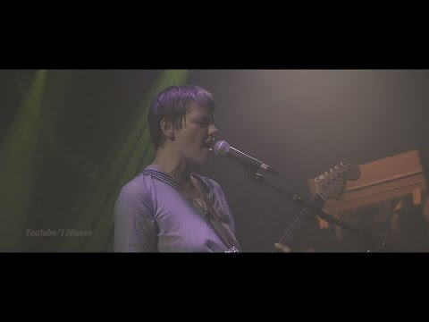 "Scout Niblett (live) ""Gun"" @Berlin April 09, 2016"