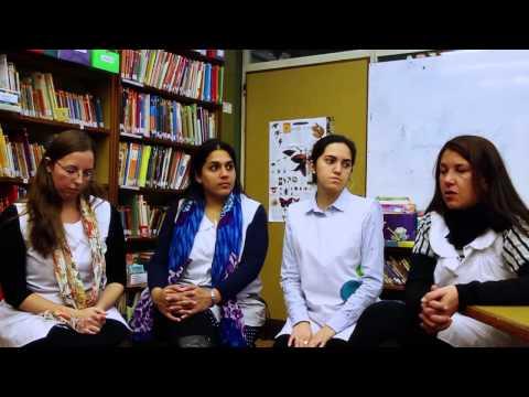 "<h3 class=""list-group-item-title"">Entrevista a docentes Escuela Nº 15 D.E. 15 - Proyecto Maestro por Ciclo</h3>"
