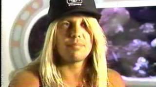 Motley Crue Guns N Roses Axl And Vince Neil Bad Blood MTV News