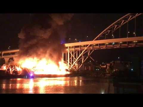 Viewer video of fire under Fremont Bridge, Portland, Oregon