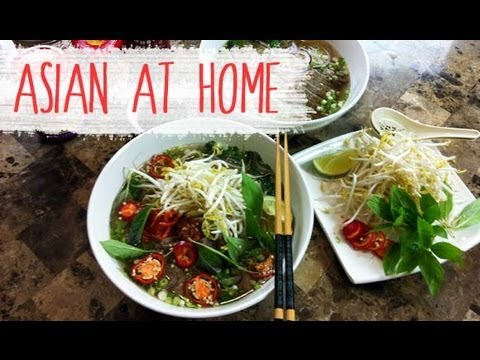 Pho Bo (Vietnamese Beef Noodle Soup Recipe)