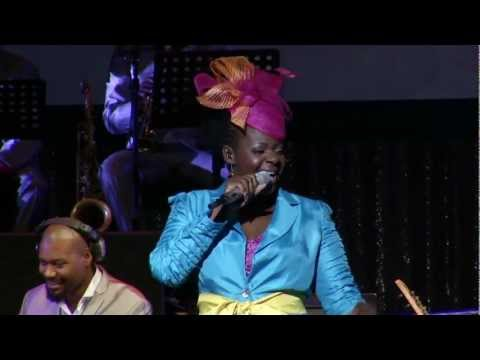 Judith Sephuma - Mme Motswadi (Official Live Performance Video)