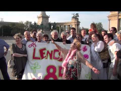 Így ünnepelték a 85 éves Lorán Lenkét