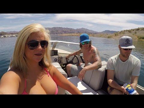 Motor Boating - Lake Mead