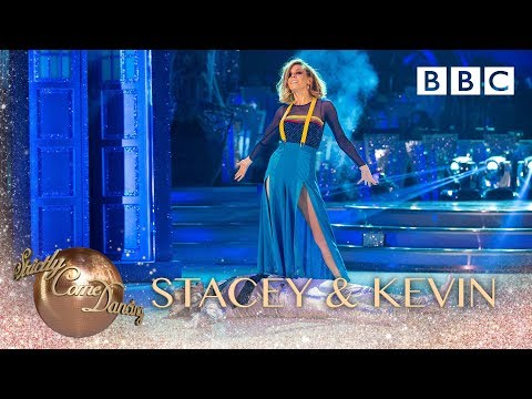 Stacey Dooley and Kevin Clifton Tango to 'Doctor Who Theme' - BBC Strictly 2018