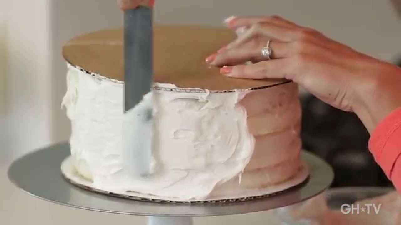 Easy Cake No Icing: Easy Hack For Frosting A Smooth Cake / #GeniusIdea