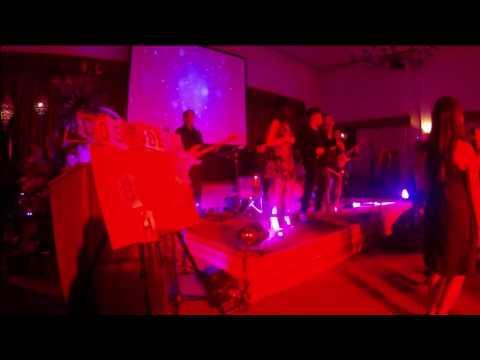 Soundmerge Cebu-Latina Mujer/ Despacito (cover)
