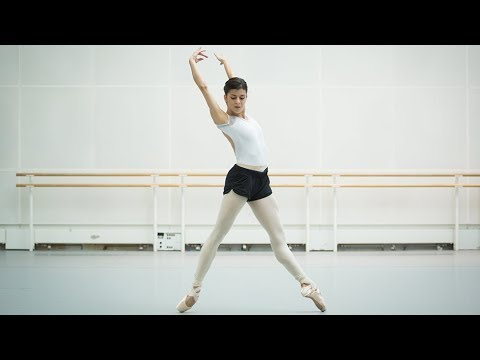 Aletta Collins rehearses new ballet Blue Moon with an all-female cast (The Royal Ballet)