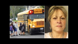 Bus Driver Slips Note In Students Bag, Forced To Resign Next Day