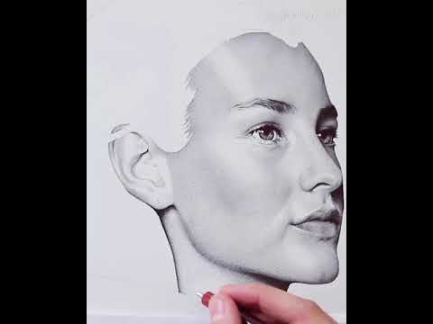 Incredible Artist Draws Image of Woman Using Dots - 986788-1