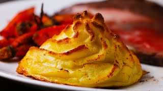 Gravy-Stuffed Mashed Potatoes (Duchesse)