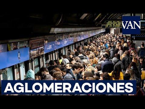 Aglomeraciones por la huelga de metro en Barcelona