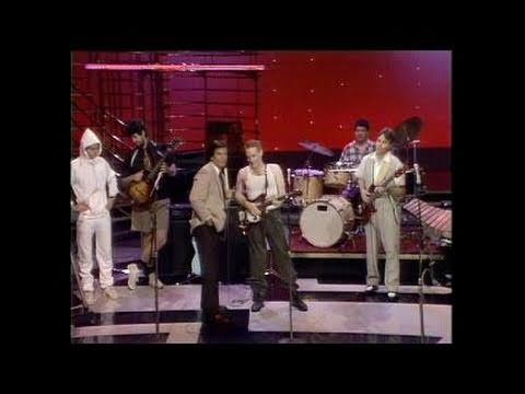 Dick Clark Interviews Oingo Boingo - American Bandstand 1982