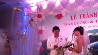 lama v3 trao nhẫn cưới