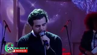 """Wagner Moura cantando """"Tuyo"""" de Rodrigo Amarante. Video"""