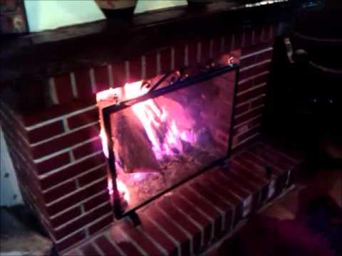 C mo encender la chimenea doovi - Salvachispas para chimeneas ...