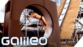 Wir bauen die erste echte Looping-Wasserrutsche der Welt | Galileo | ProSieben