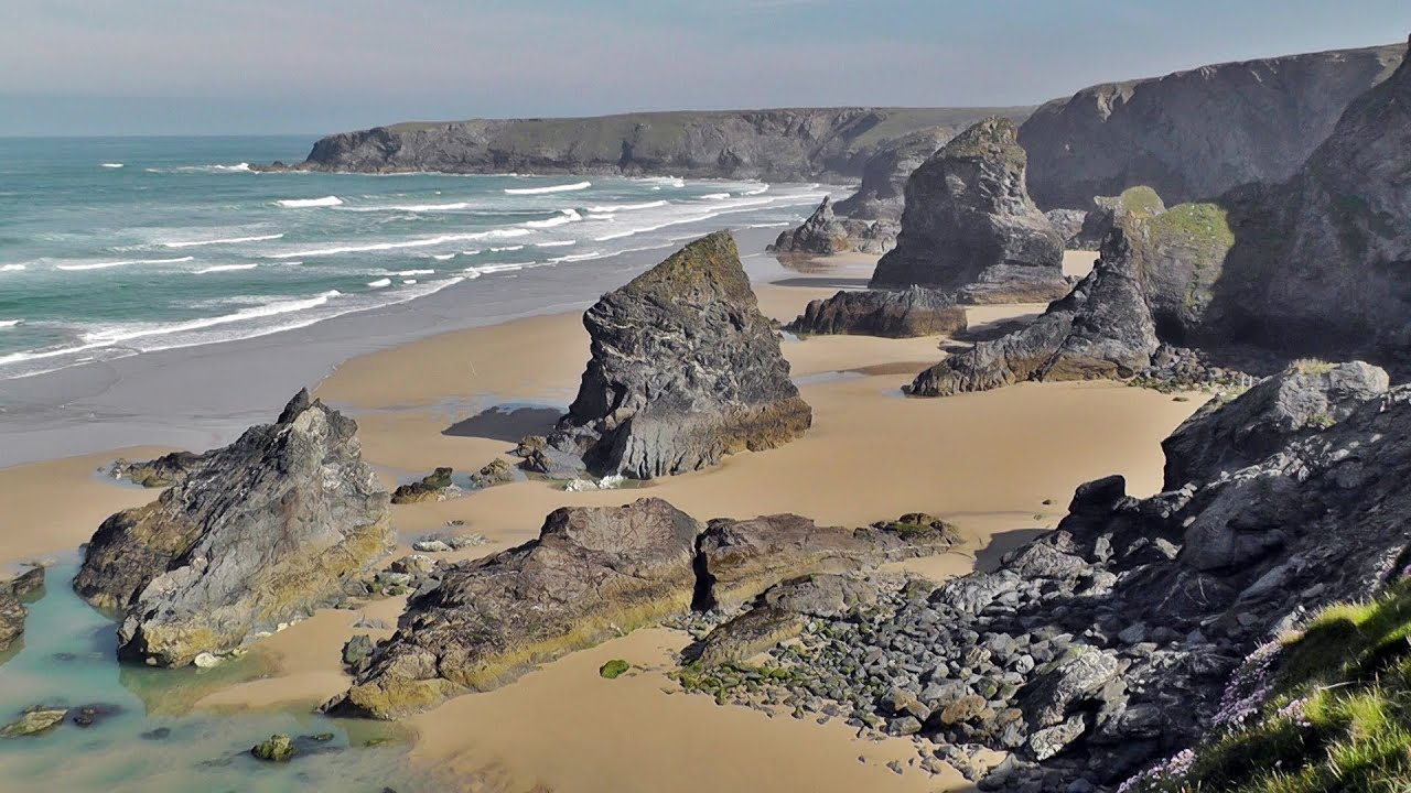 bedruthan steps in cornwall youtube. Black Bedroom Furniture Sets. Home Design Ideas