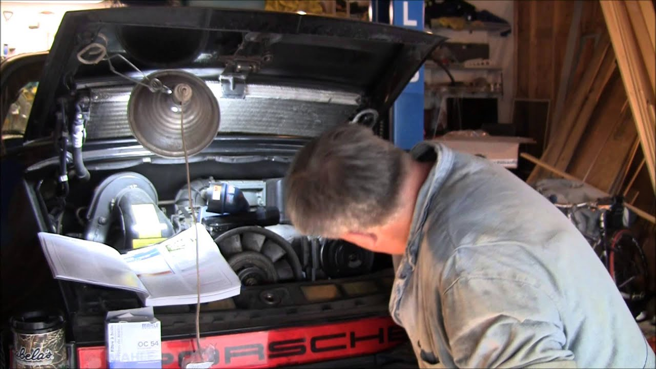 Porsche 911 oil change with dr diy youtube porsche 911 oil change with dr diy solutioingenieria Gallery