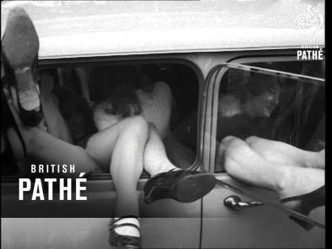 15 Girls In A Mini Car 1966