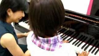 スター楽器 中山真理 ピアノ教室 レッスン風景.