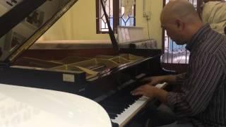 Grand piano C3 - cô gái đến từ Hôm Qua