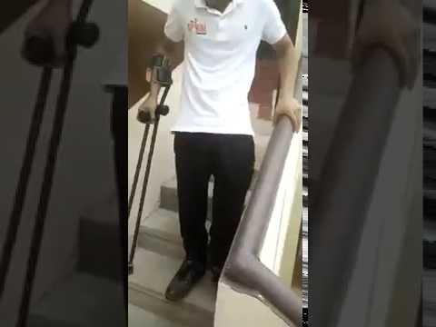 Paraplegic woman climbing stairs 8