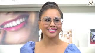 Ca sỹ Minh Tuyết tự tin thể hiện nụ cười sau khi bọc răng sứ
