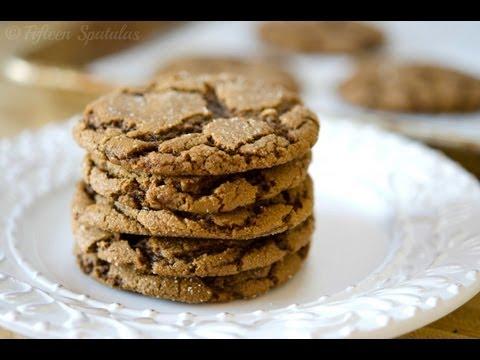 crinkled-ginger-molasses-cookie-recipe
