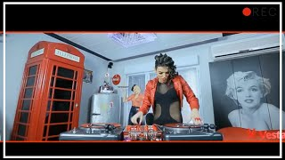 DJ Lady Style - Do you like scratch ? (instrumental : Kavinsky - Roadgame)