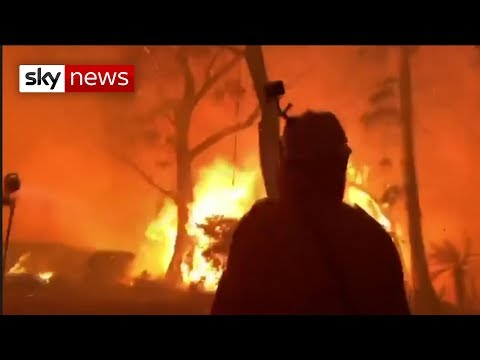 australia:-bushfires-claim-hundreds-of-homes-and-businesses