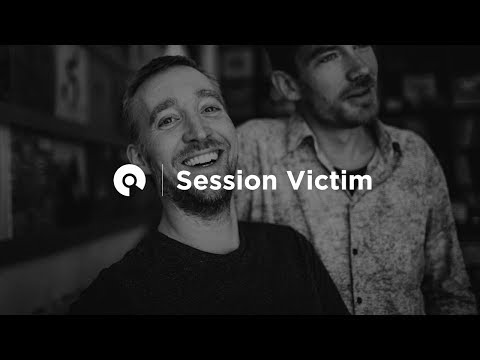 Session Victim @ OYE Records (BE-AT.TV Wax Hounds)