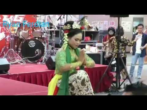 Tari Indonesia exist di Taiwan Tari Sesonderan + Mangastuti